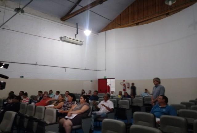 Sindicato participa de audiência sobre orçamento do município