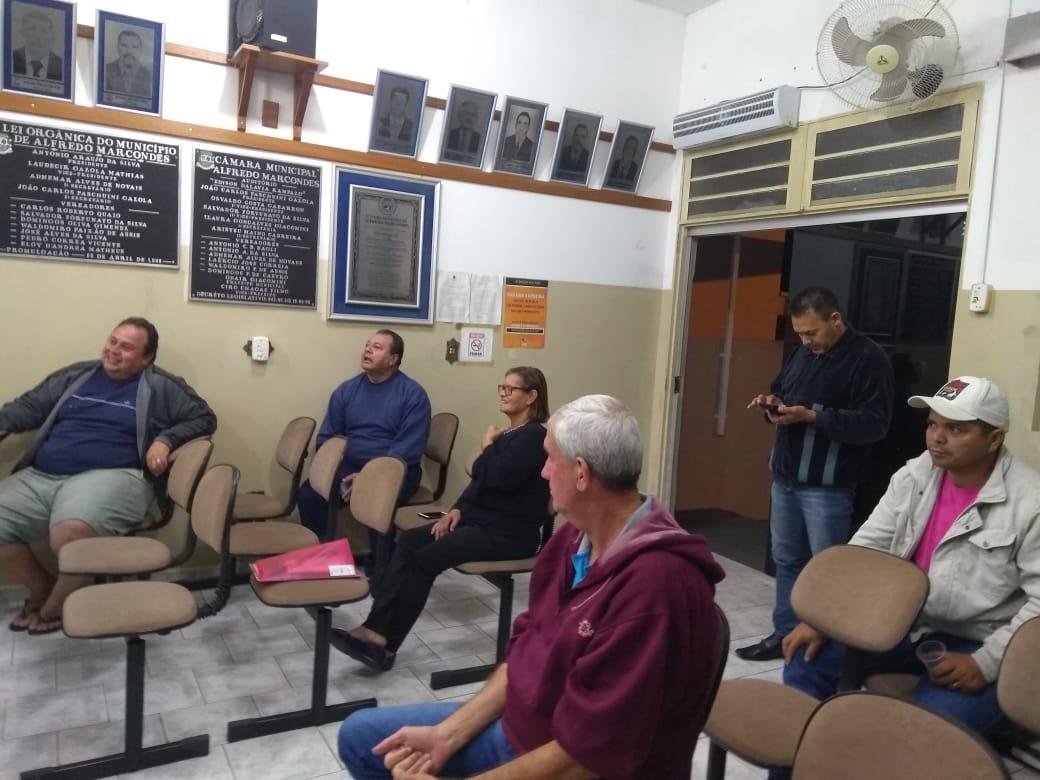 Servidoras e servidores de Marcondes definem pauta de reivindicações de 2019