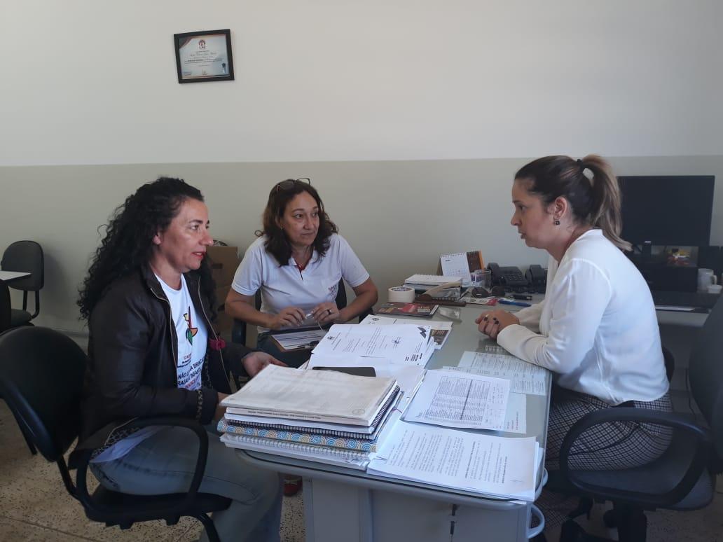 Sintrapp se reúne secretária de assistência de Prudente
