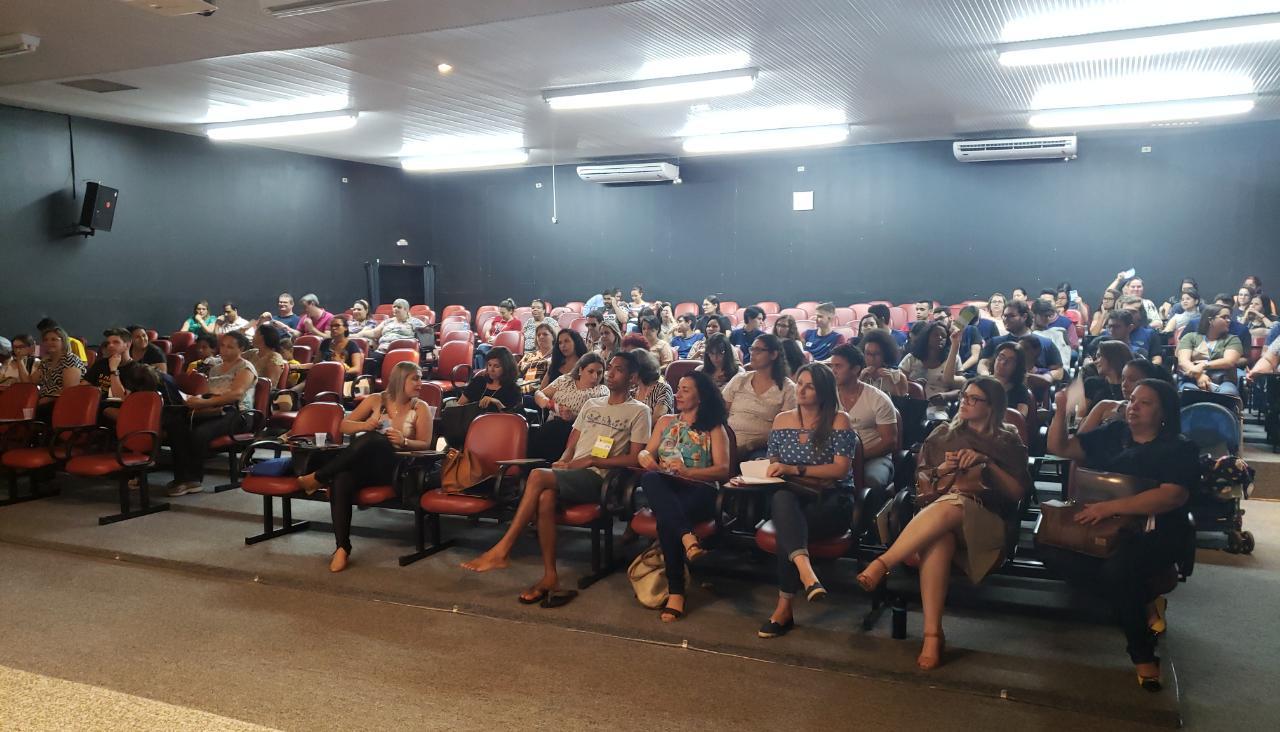 Conferência discute desafios da política de Assistência Social e o financiamento público